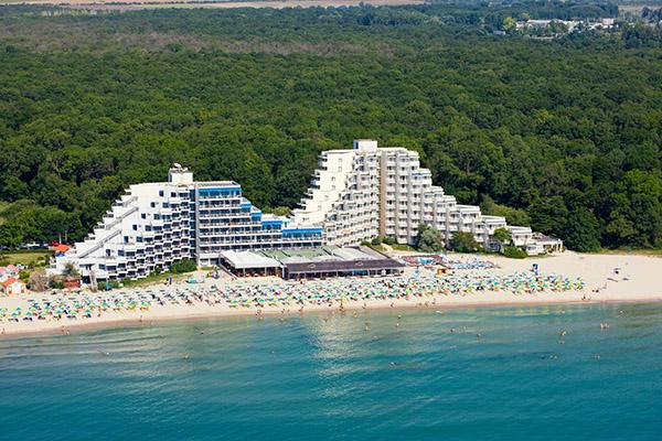 Албена. Болгария — На берегу моря. Дети бесплатно. Шезлонги и зонтики включены!